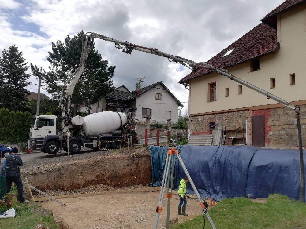 betonárka český brod reference